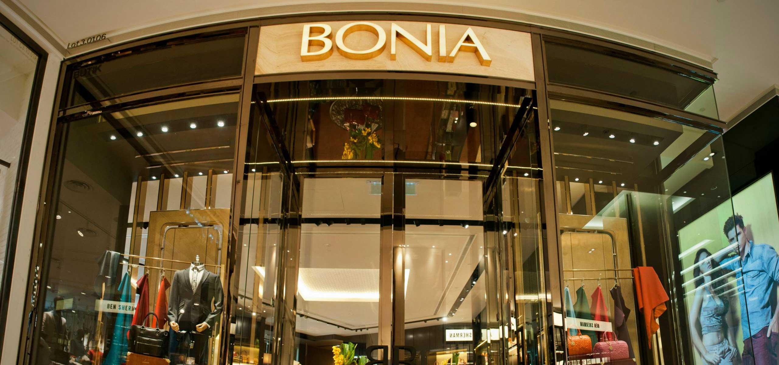 150709_bonia_flagship_pav_02